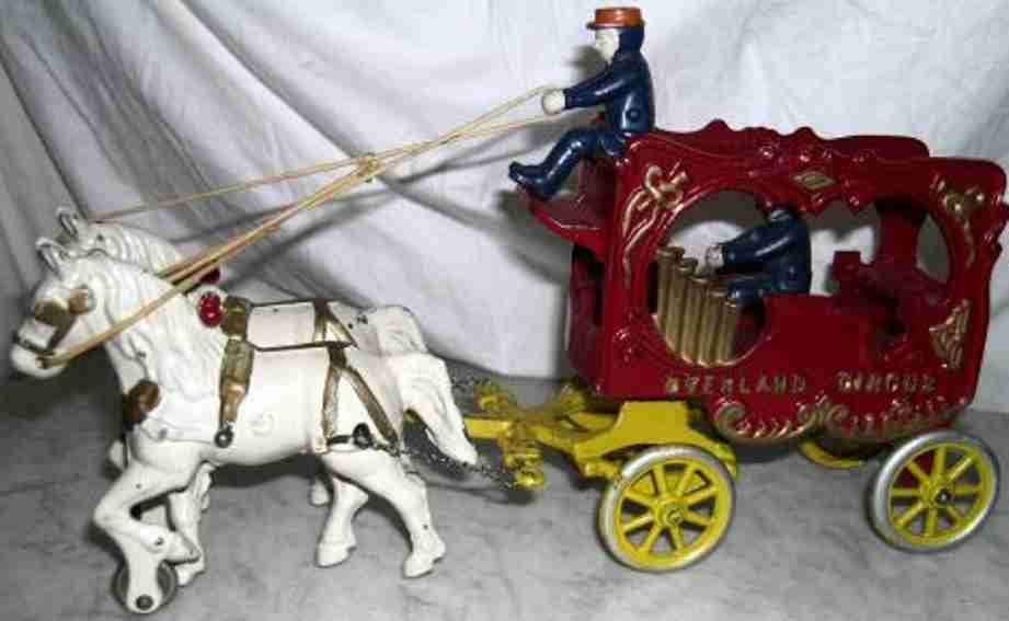 kenton hardware co cast iron coach overland circus calliope wagon