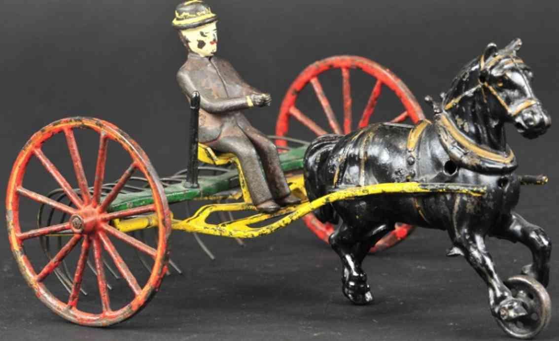 wilkens spielzeug gusseisen heurechen gezogen von einem pferd