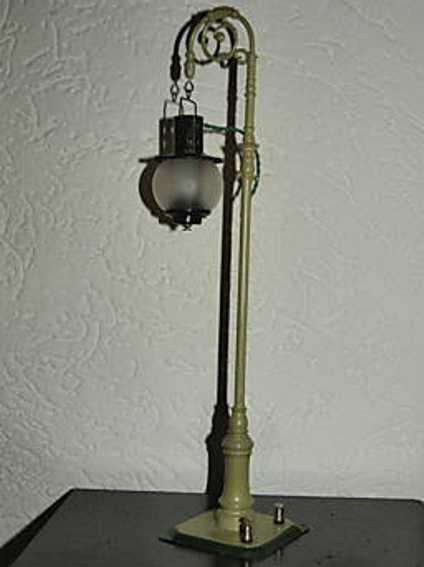 bing 12/550 spielzeug eisenbahn bogenlampe oliv