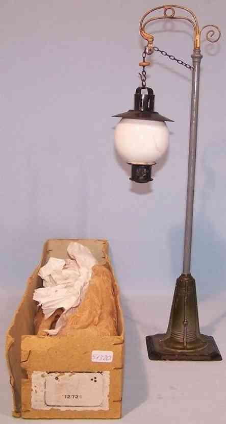 bing 12/72/1 railway toy lamp with original candelabra crank