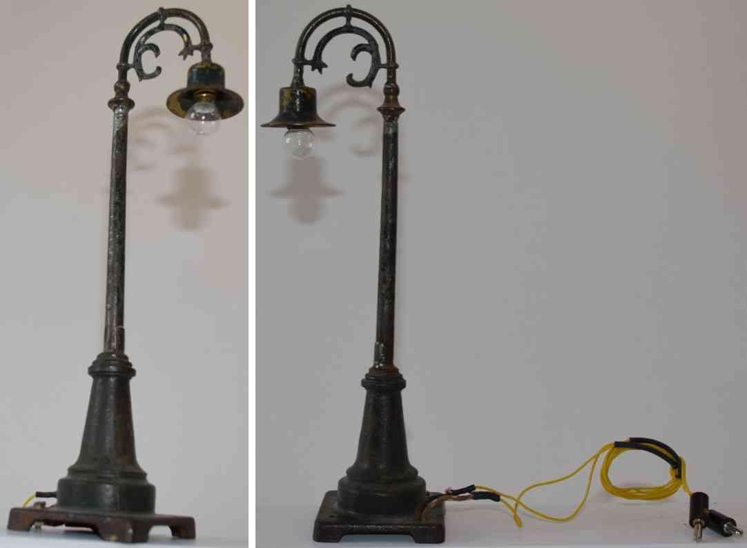 bing railway toy arc lamp cast