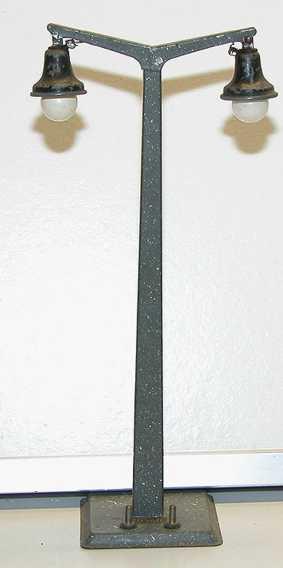 kraus-fandor 2018/2/18 railway toy arc lamp on square base gauge 0