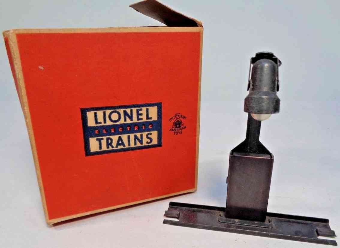lionel 410 railway toy lamp the billboard blinker 310 black sheet and cast meta