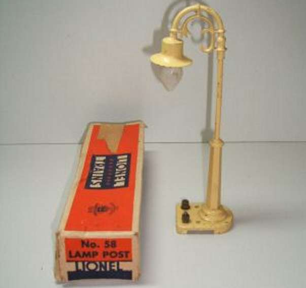 lionel 58 railway toy metal and cast lamp post