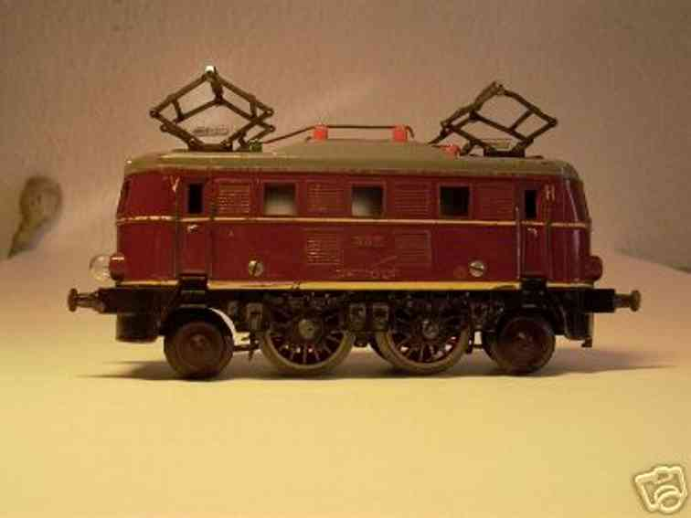 fleischmann railway toy engine electric locomotive  e 335 red gauge 0