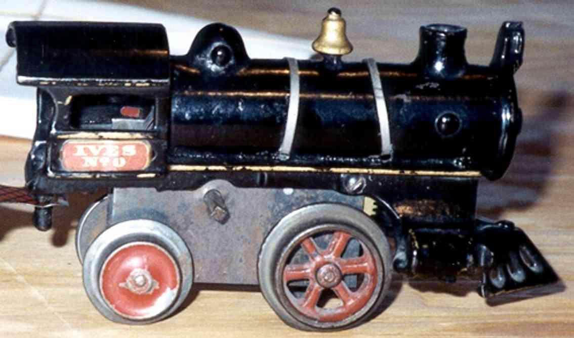 ives 0 (1908) spielzeug eisenbahn lokomotive uhrwerklokomotive aus gußeisen, schwarz handbemalt mit goldf