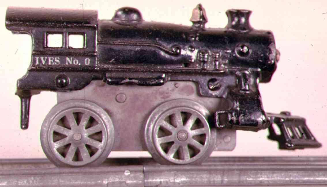 ives 0 (1925) spielzeug eisenbahn lokomotive uhrwerklokomotive aus gußeisen, schwarz handbemalt, speichen