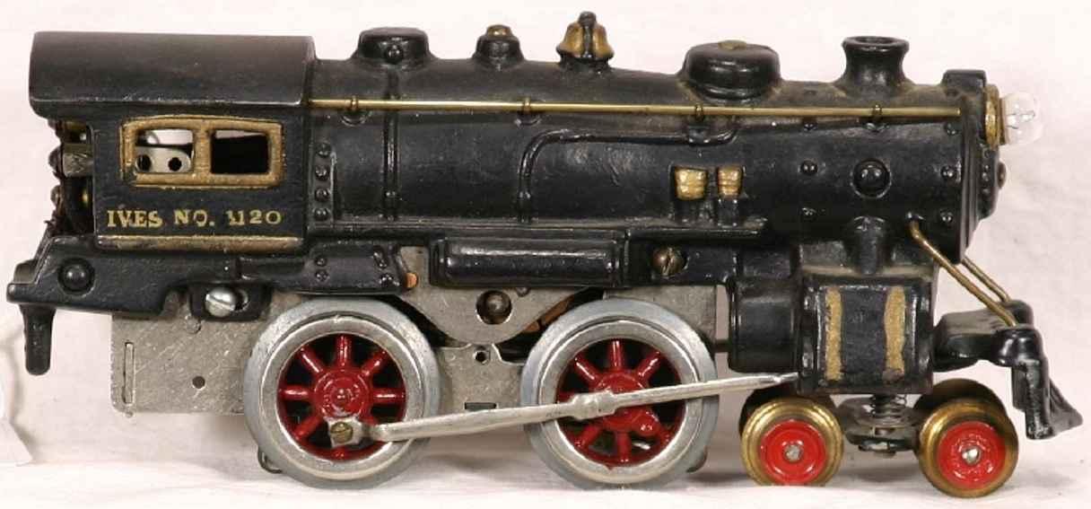 ives 1120 (1928) spielzeug eisenbahn lokomotive dampflokomotive 4-4-0 schwarz aus gußeisen, goldfarbener ste