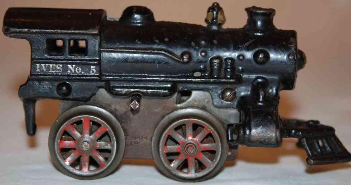 ives 5 1921 railway toy engine clockwork locomotive cast iron black gauge 0