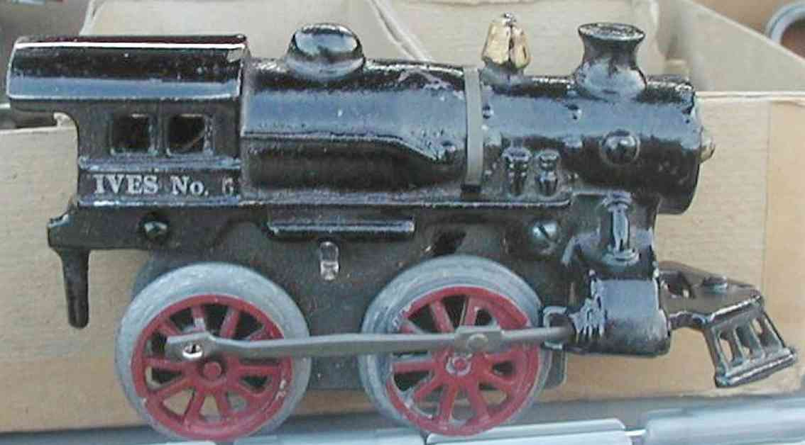 ives 6 (1926) railway toy engine clockwork locomotive of cast iron , in black hand painted wi