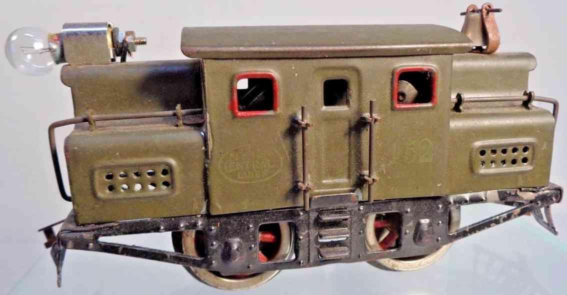 lionel 152 railway toy electric locomotive engine in olive green gauge 0