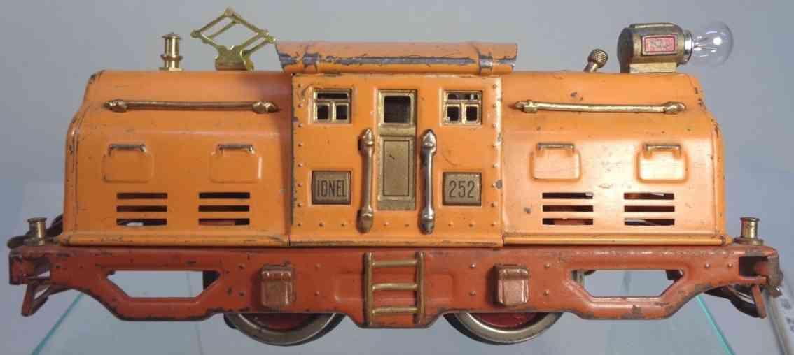 lionel 252 railway toy engine electric engine orange terra cotta gauge 0