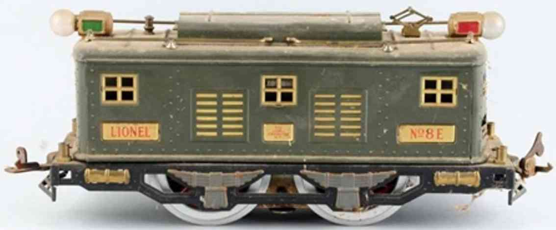 lionel 8e railway toy engine electric train engine in olive green standard gauge