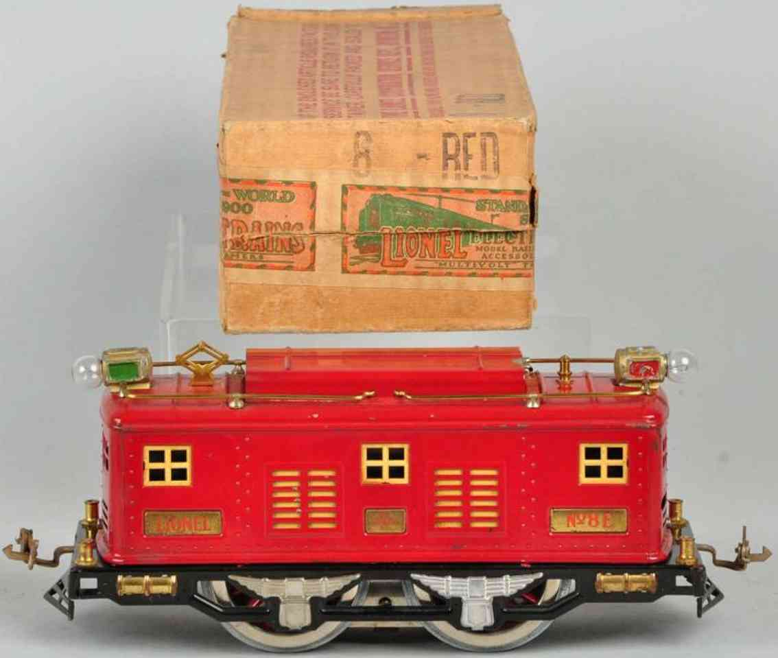 lionel 8E railway toy engine electric train engine in red standard gauge
