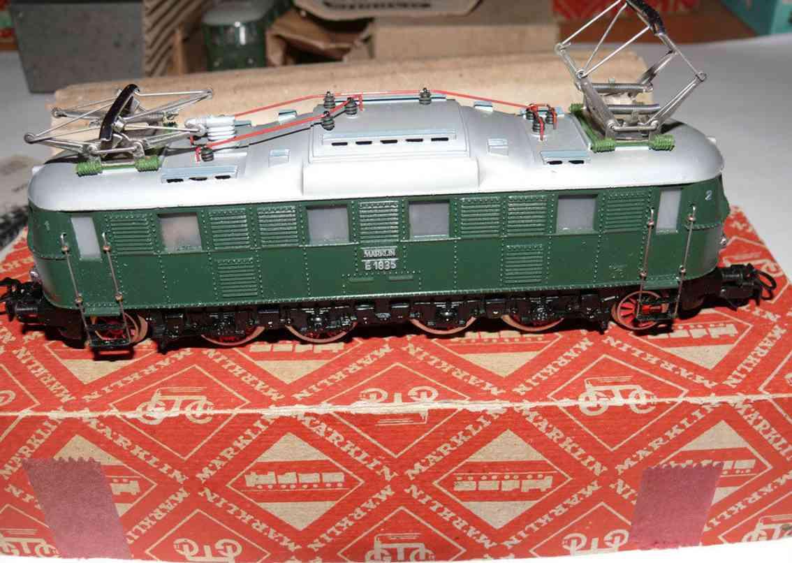 maerklin 3024-1 schnellzuglokomotive schwarz gruen silbern spur h0