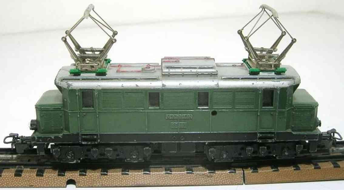 maerklin se 800-4 spielzeug eisenbahn elektrische lokomotive gruen spur h0