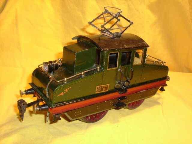 maerklin v 65/13021 eisenbahn 20 volt elektro-lokomotive gruen spur 1