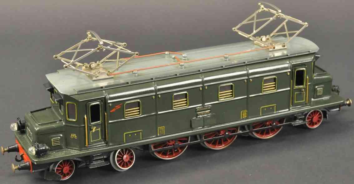 maerklin hs 70/12921 eisenbahn lokomotive schweizer stil gruen spur 1