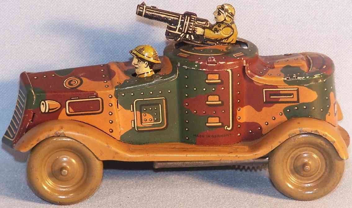 arnold a-5821 military toy car tank clockwork