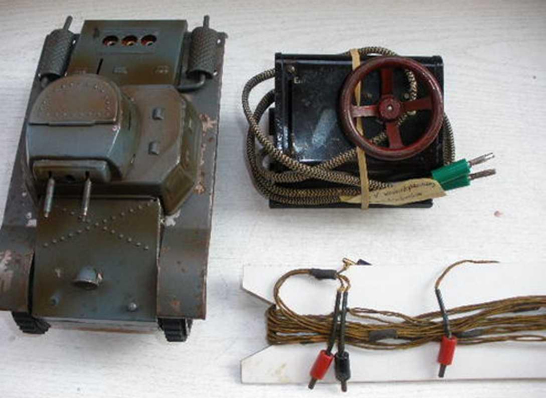 bub militaer spielzeug auto electric tank, panzer, feldgrau, mit fernsteuerung mit separ