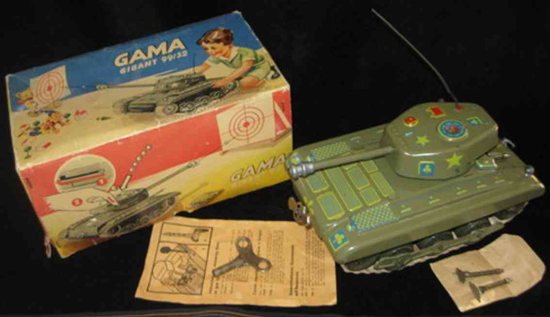 gama 99/32 military toy car tanker gigant