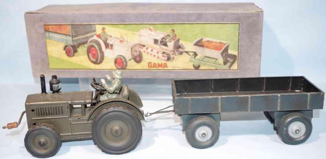 gama Traktor 41 militaer spielzeug auto militär traktor im original karton, komplett mit fahrer und