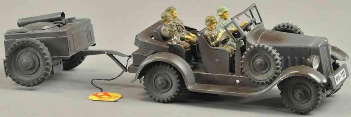 hausser elastolin wh-733 militaer kuebelwagen vier soldaten feldkueche uhrwerk