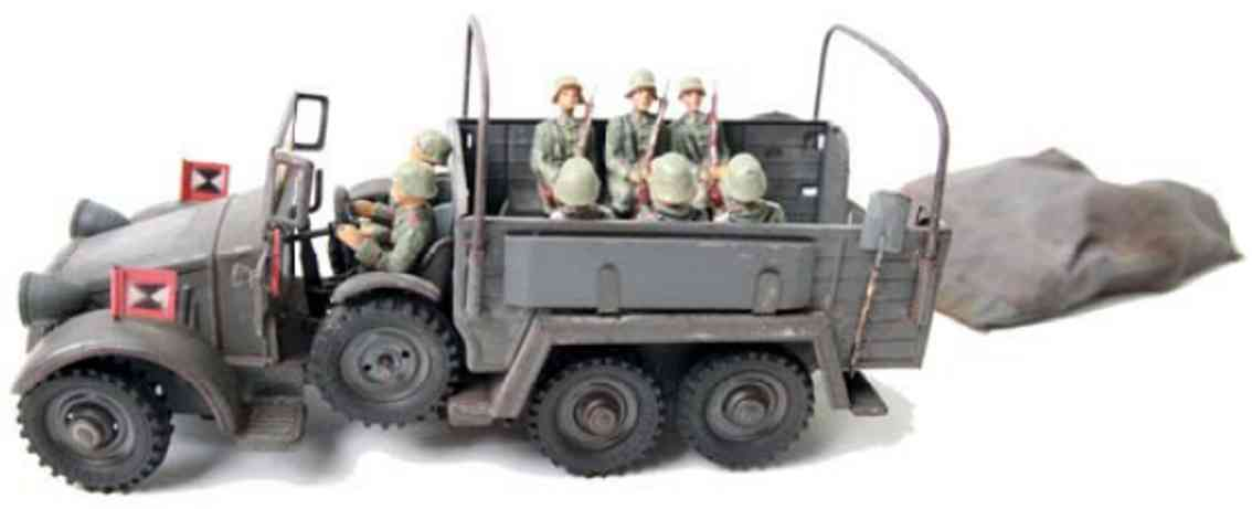 hausser elastolin militaer spielzeug krupp mannschaftswagen 6 mann besatzung