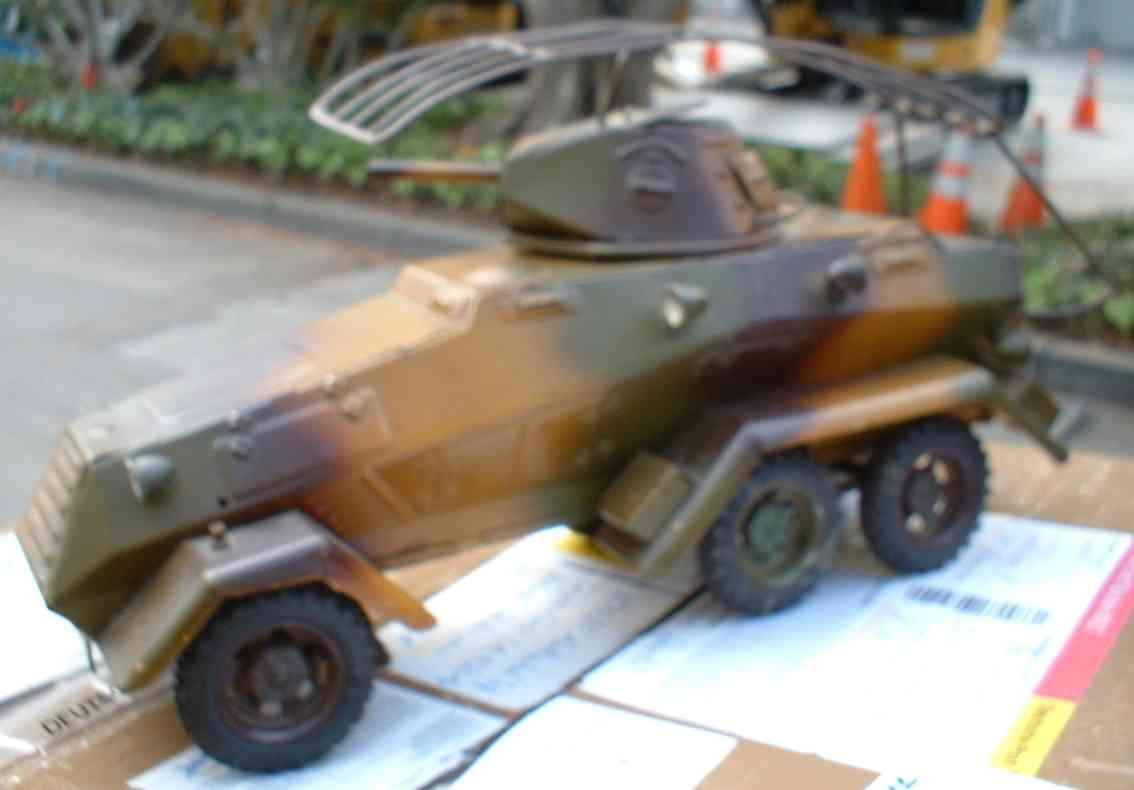 Lineol 1211 Panzerspähwagen mit Uhrwerk