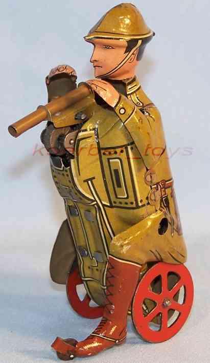 Arnold Hockender englischer Soldat mit Gewehr und Uhrwerk