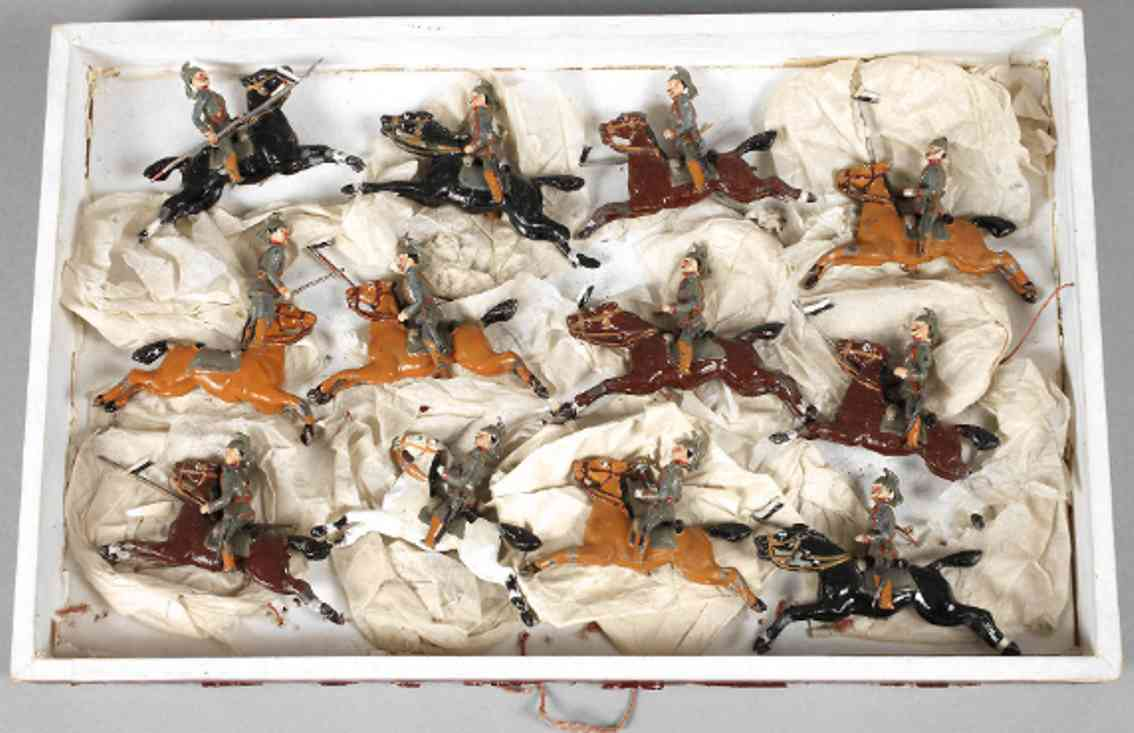 heyde 81 military toy 12 pewter figures prussian dragoons
