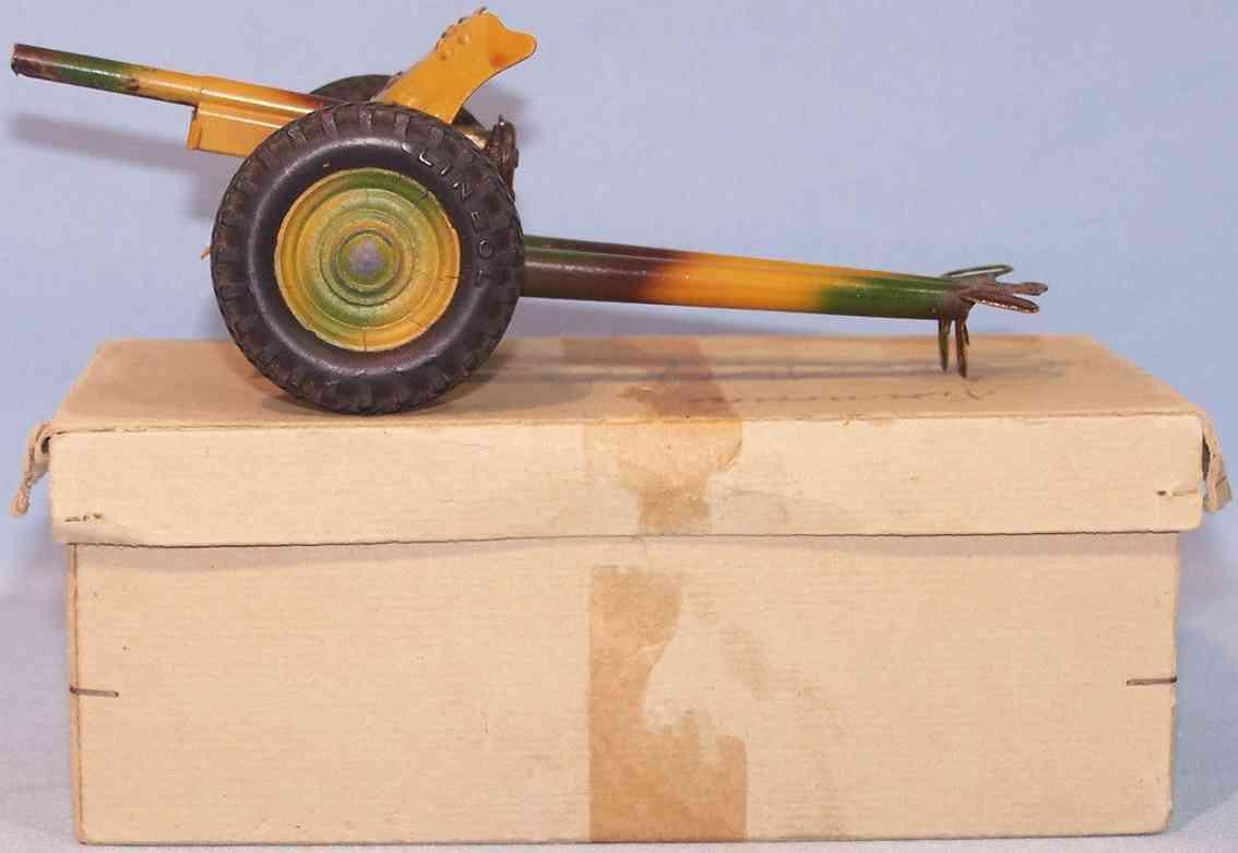 lineol 5/299 geschuetz kuebelwagen  blech mimikry