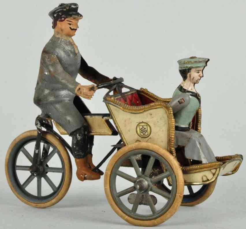 Günthermann Blechmotorrad mit Fahrer und Frau