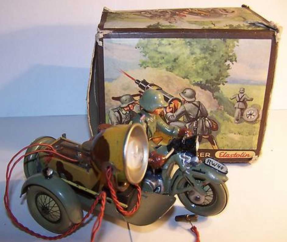 Hausser Elastolin 591/6 Motorcycle driver sidecar RW40