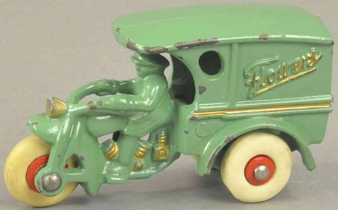 hubley gusseisen lieferwagen motorrad fahrer gruen