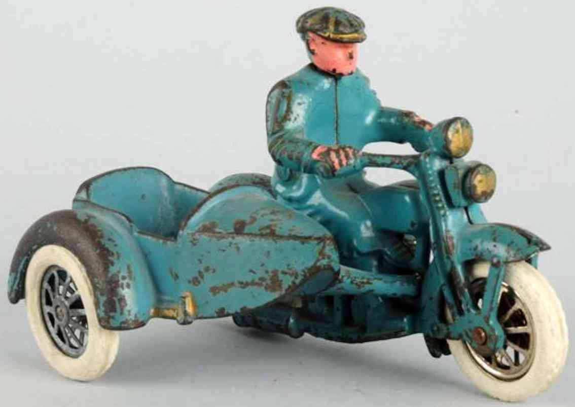 hubley cast iron toy motorcycle with civilian rider and side car