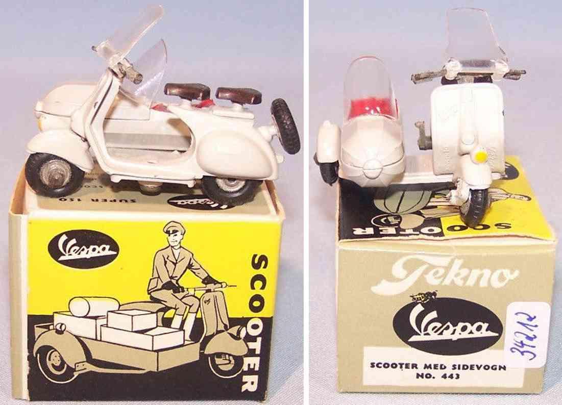 tekno 443 die-cast plastic toy vesper scooter  sidecar grey