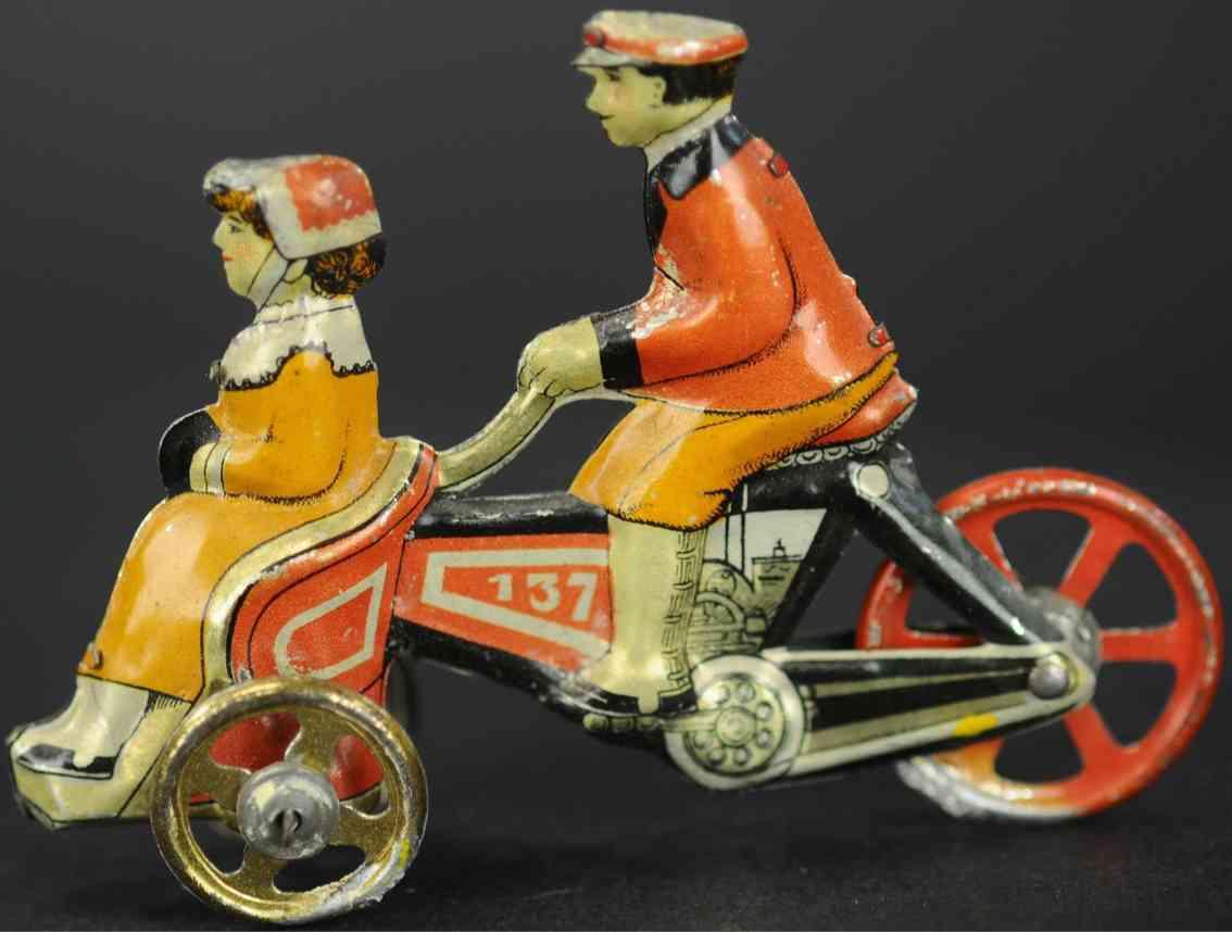 penny toy fischer georg  dreirad mit fahrer und frau vorne