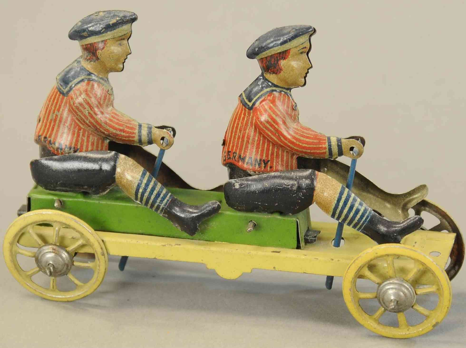 kellermann penny toy zwei jungs auf plattform