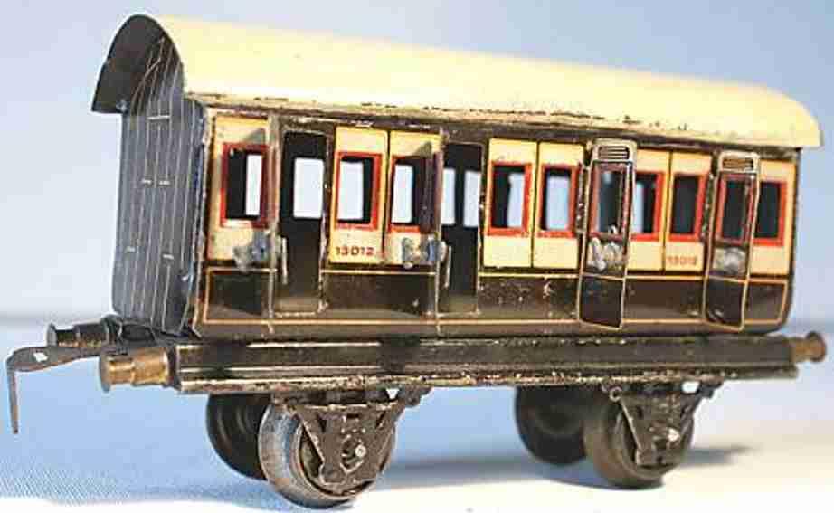 bing 62/110 lner railway toy english compartment car white brown gauge 0