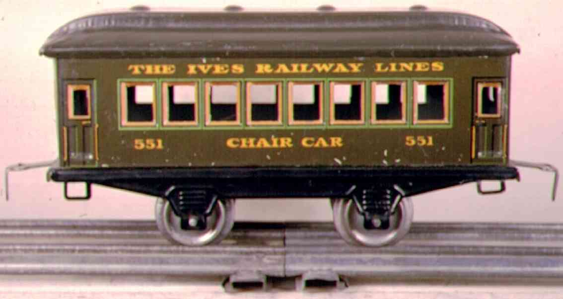 ives 551 (1923) railway toy passenger car passenger car; 2-axis, steel style lithographed without rive
