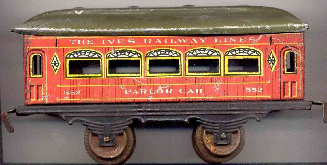 ives 552 (1913) railway toy passenger car passenger car; 2-axis, wooden scibing lithographed, roof wit