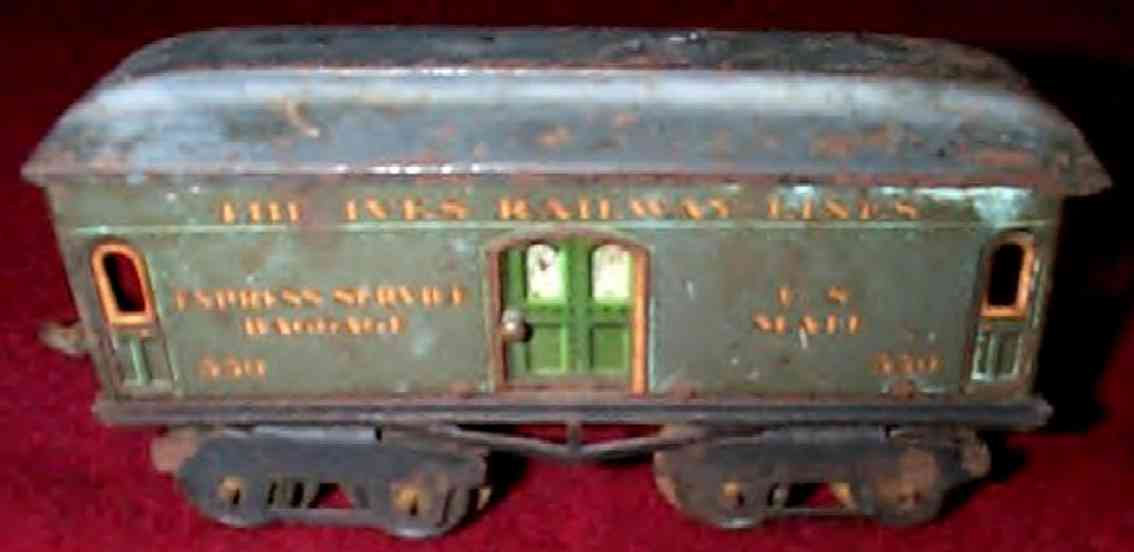 ives 60 (1917) railway toy passenger car baggage car; 4-axis, lithographed, nickel wheels, roof with
