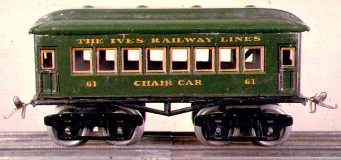 ives 61-3 (1926) Chair railway toy passenger car passenger car; 4-axis, green lithographed without rivets, ni