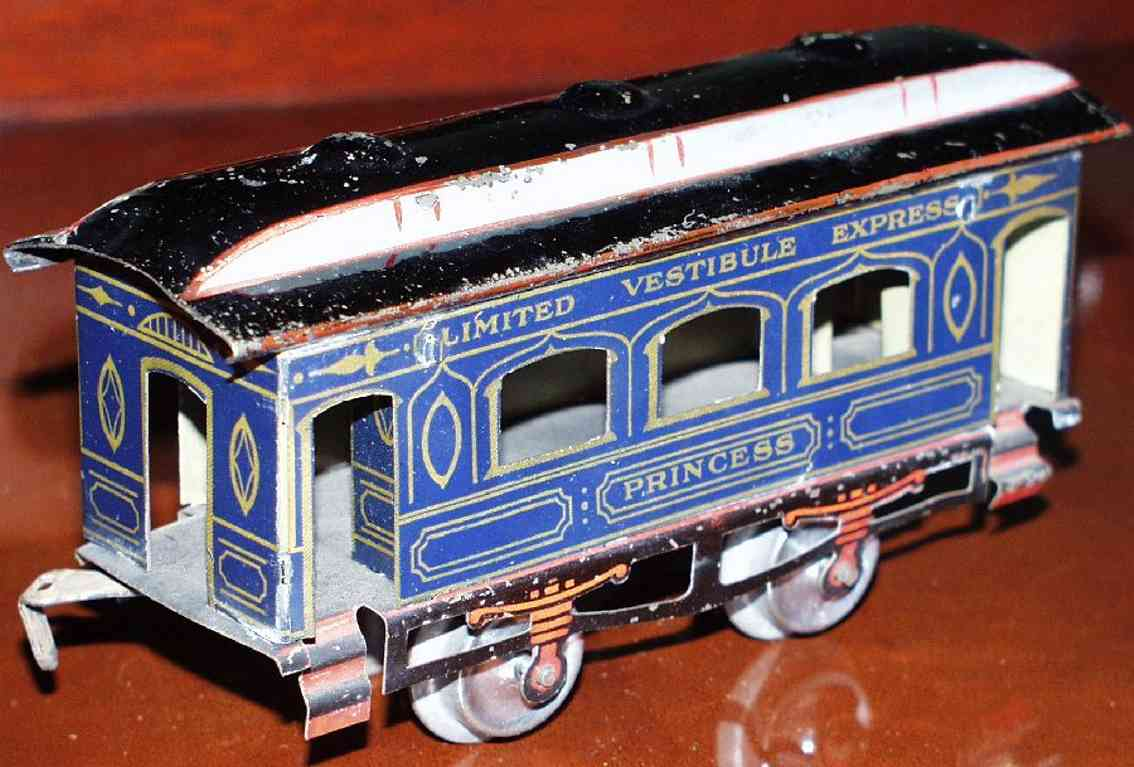 ives 62 (1909) Princess railway toy passenger car passenger car; 2-axis, lithographed, tin wheels, roof with 3