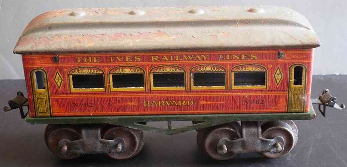 ives 62 (1913) Harvard railway toy passenger car passenger car; 4-axis, lithographed, black wheels, one piece