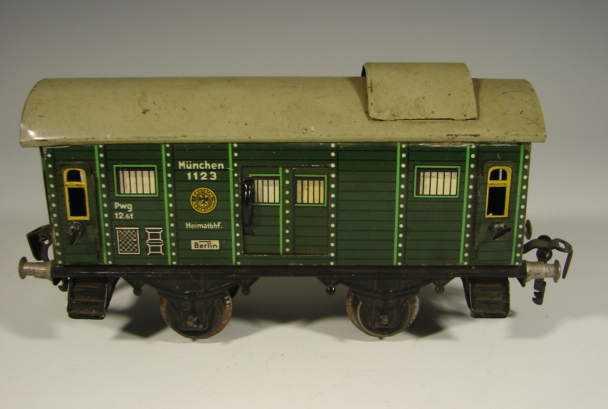 kraus-fandor 1123 spielzeug eisenbahn personenwagen gepäckwagen; 2-achsig grün; chromlithografiert, mit puffer,