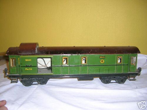 maerklin 1884/1 spielzeug eisenbahn gepaeckwagen gruen spur 1