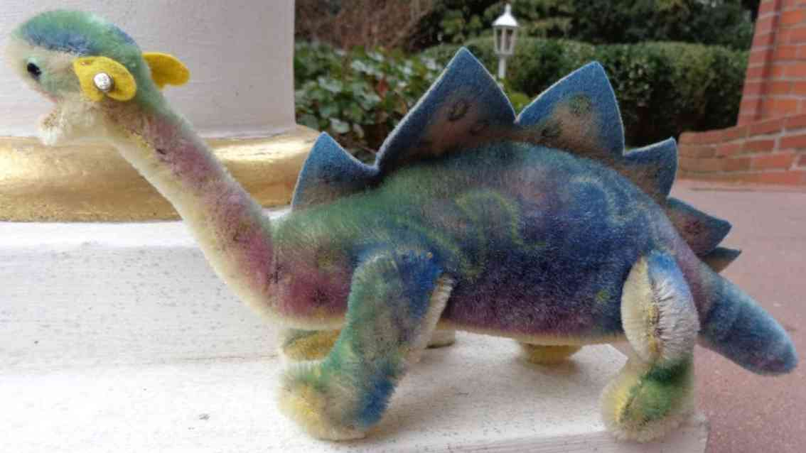 steiff animal dinosaur stegosaurus mohair felt