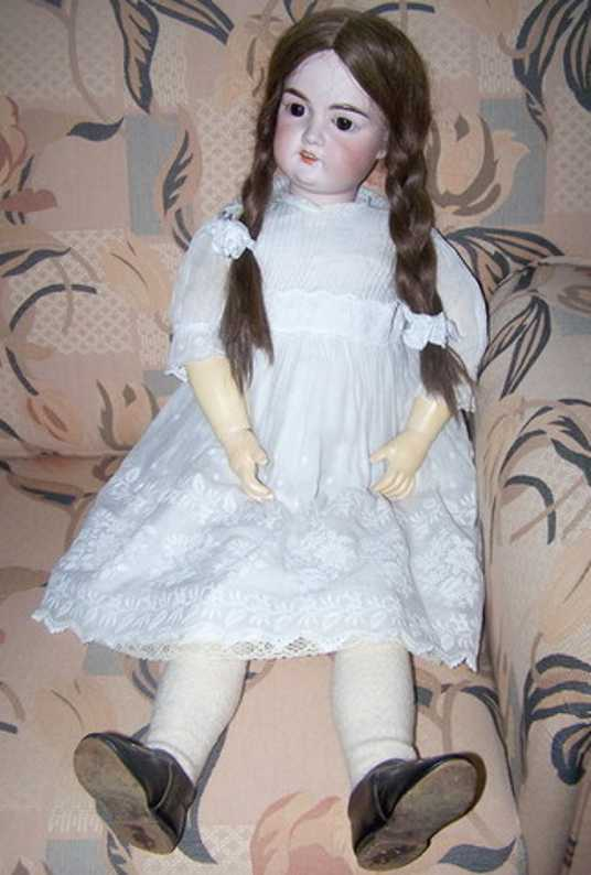 marseille armand 14 porcelain doll
